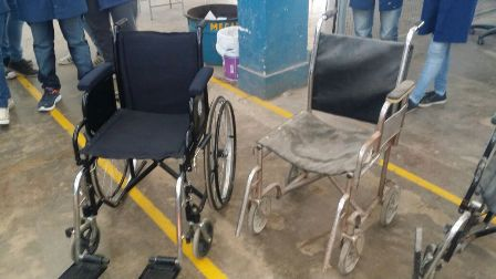 Alumnos de la Técnica N° 1 entregaron la primera silla de ruedas reparada en sus talleres