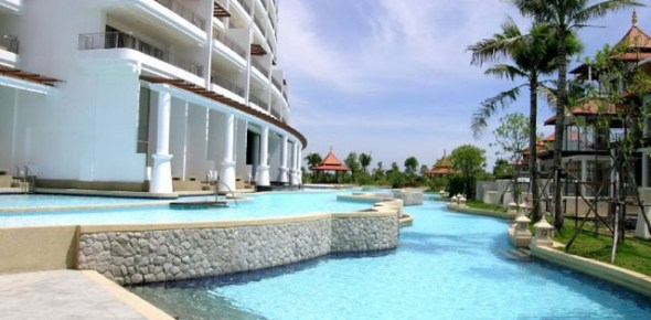 Boathouse Hua Hin Condo For Sale