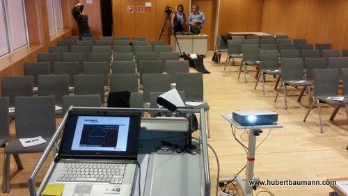 """Noch ist der Vortragssaal leer: """"Marketing 2.0"""" beim Meistertreff in München"""