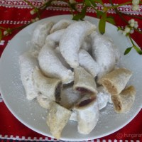 Snow Crescents, Hungarian Christmas Cookies
