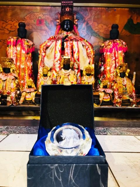 純銀媽祖紀念幣(加水晶座)
