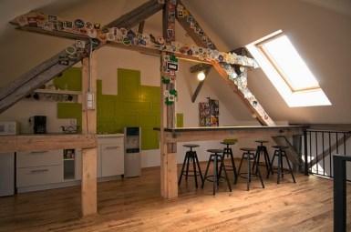 X3 Offices – креативный офисный интерьер от румынских дизайнеров (7)