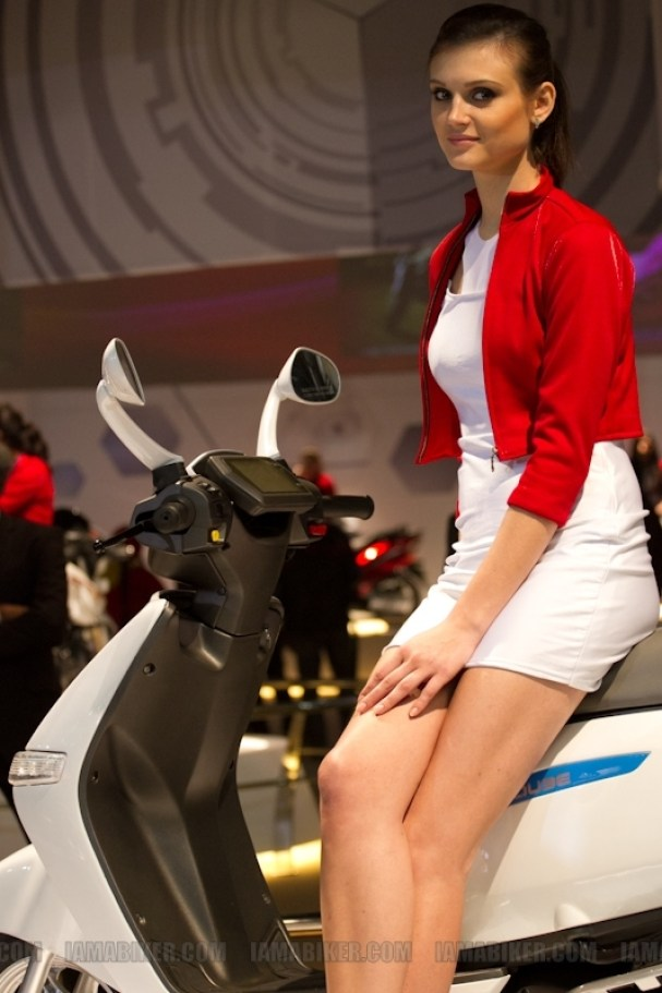 Auto Expo 2012 Eyecandy 34