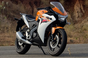 honda cbr 150r review road test header motorcycle reviews honda motorcycles india honda motorcycles honda cbr 150r road test honda cbr 150r review honda cbr 150r india Honda cbr 150r top speed cbr 150r specifications cbr 150r review cbr 150r mileage cbr 150r india CBR 150R bike reviews
