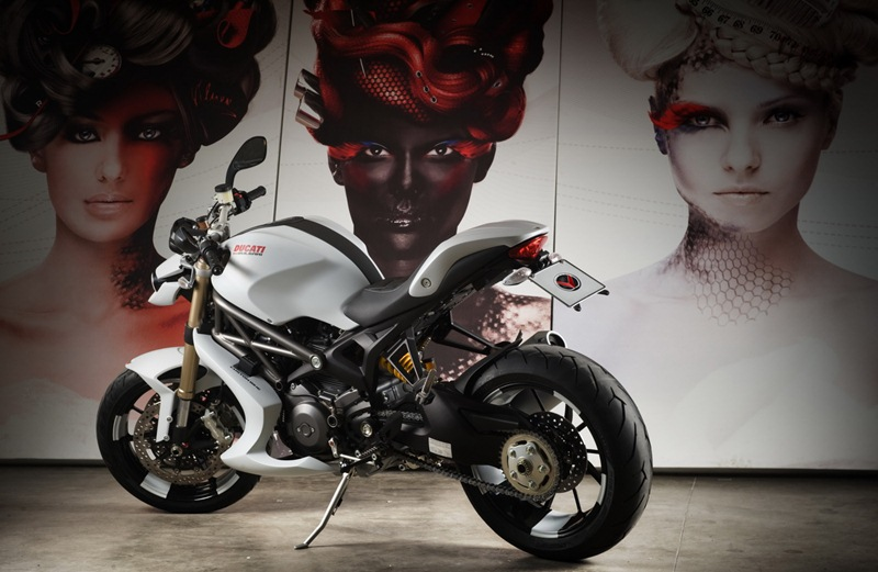 Ducati Monster Bulgari by Vilner customs 18