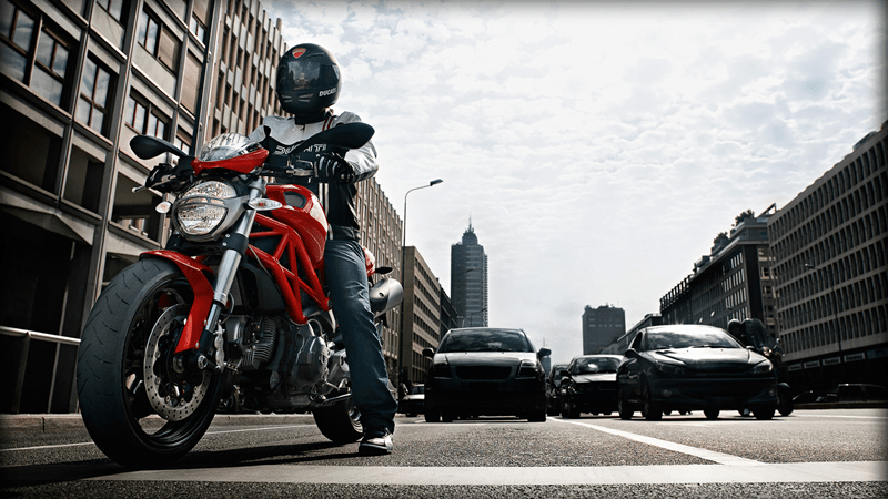 ducati monster 696 2013 anniversary edition 01