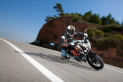 ktm motorcycles ktm india ktm duke 390 specifications ktm duke 390 price ktm duke 390 india ktm duke 390 cost ktm duke 390 KTM