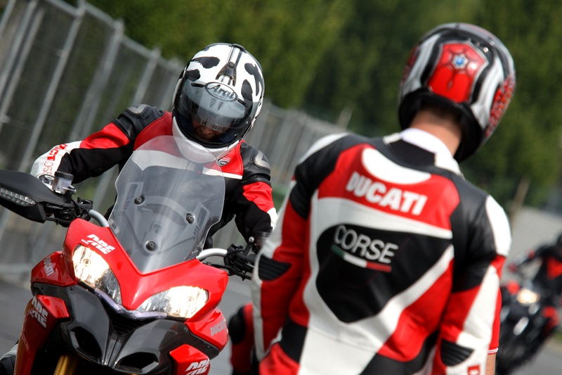 Ducati Riding Experience 2013 - 01