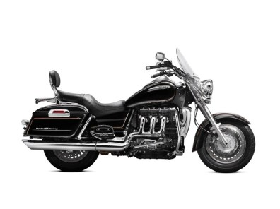 2013 Triumph Rocket III Roadster and Touring - 02