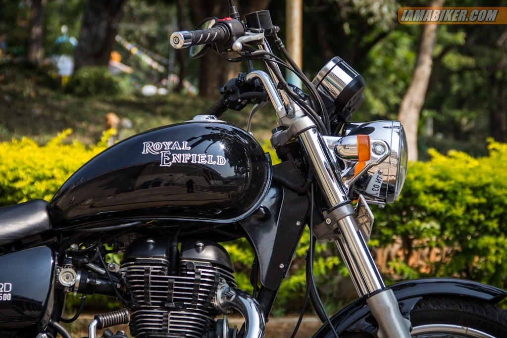 Royal Enfield Thunderbird 500 side view right close