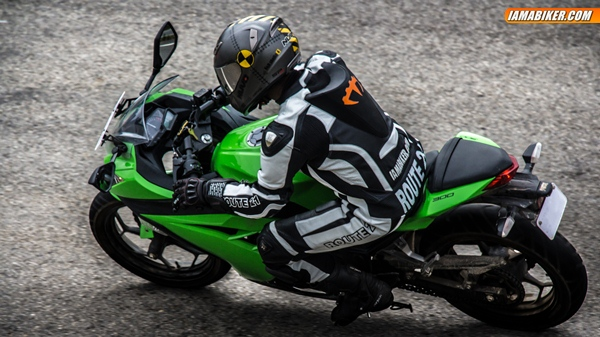 kawasaki ninja 300 review braking