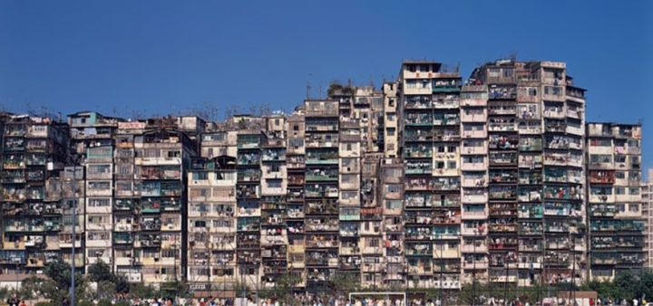 most-densely-populated-place-on-earth-kowloon-walled-city-14__880