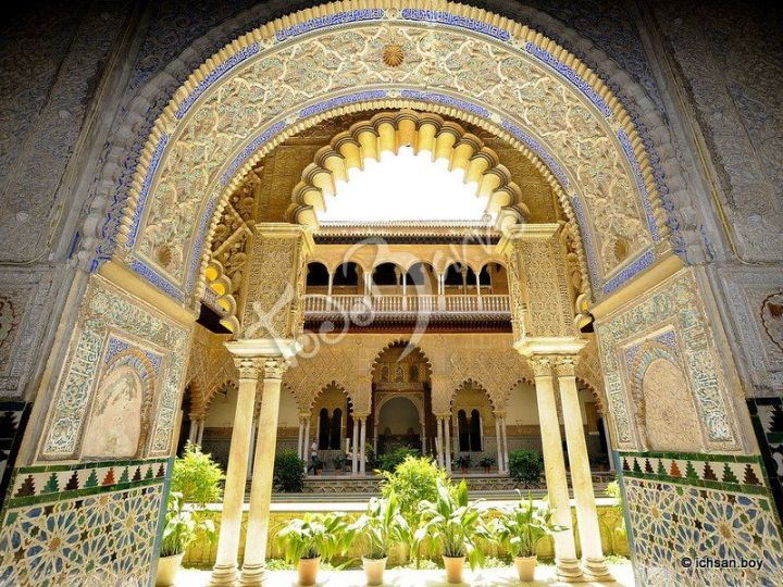 architecture-of-al-andalus-the-royal-alcazar-of-seville-1