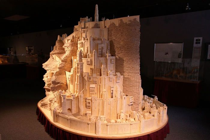 Guy-Builds-Giant-Lord-Of-The-Rings-Sculpture-Using-Matches