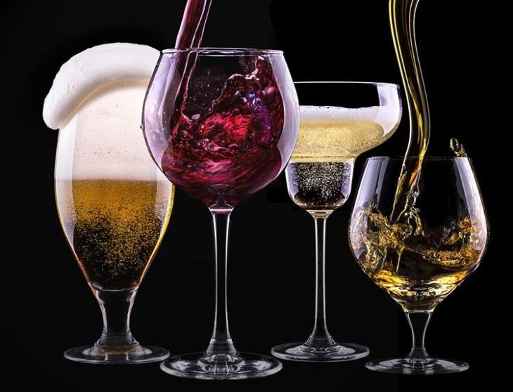 bigstock-alcohol-drinks-set-isolated-on-487696821