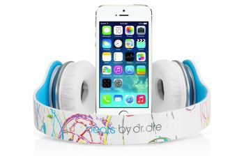 iphone-beats.0_cinema_1200.0