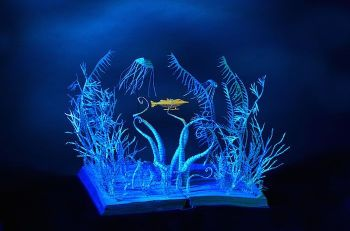illuminated-book-sculpture-su-blackwell-46-57ee4b6691054__700