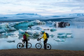 Midsummer night ride at the glacier lagoon of Jökulsárlón (SB)