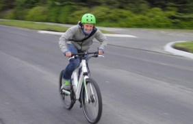 Hitting 40km/h (OV)