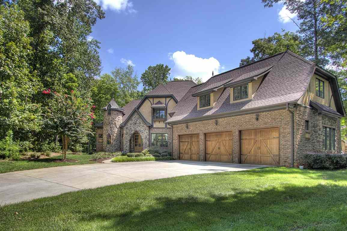 Chatelaine luxury home for sale master on the main level for Luxury european homes