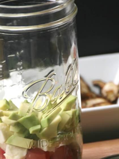 maison ball Salat im Glas