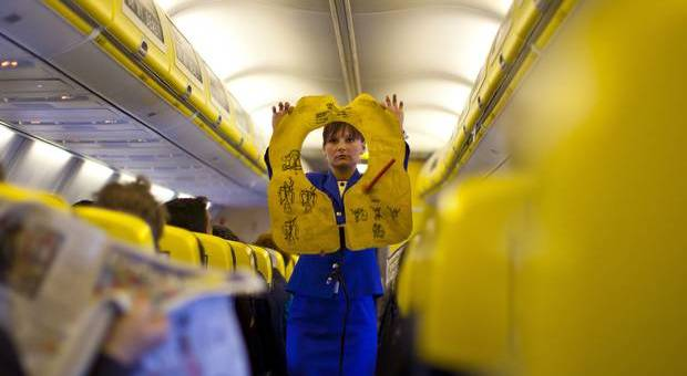 Ryanair crew emprego