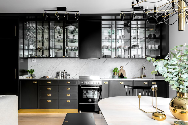 Modern Black & White Interior Design