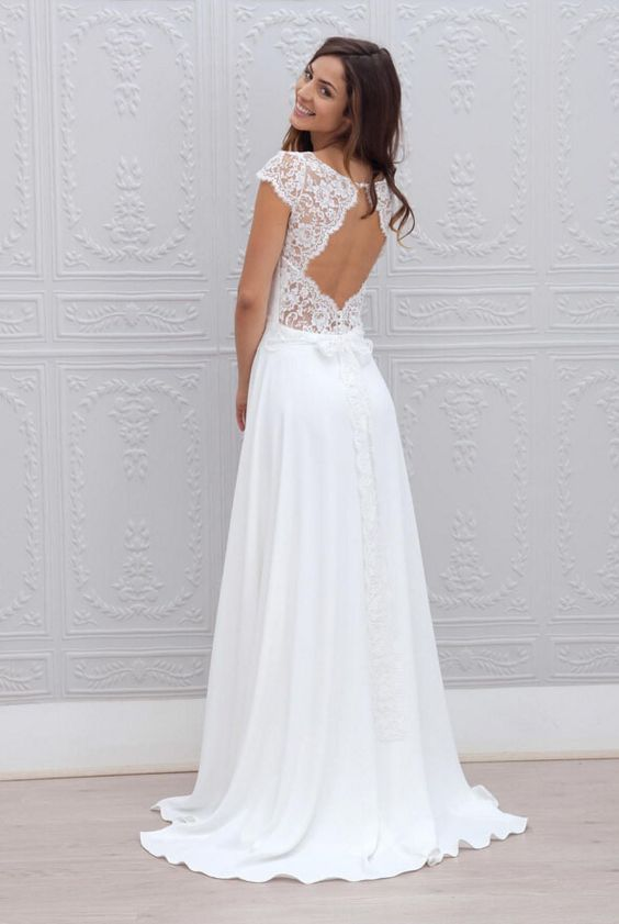 With a bit of lace and the right amount of coverage, this gown has all the right details.