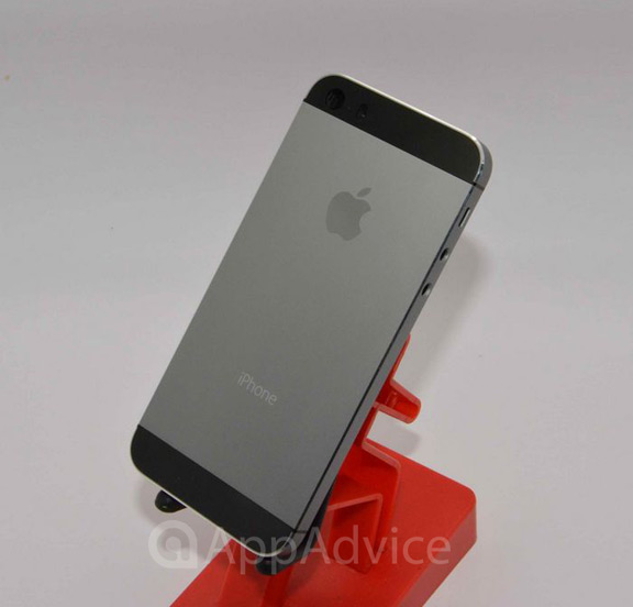 iPhone-5S-leak-5  iPhone 5S: New high quality images hit the net iPhone 5S leak 5