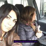 La ex tronista Serena in macchina con la madre