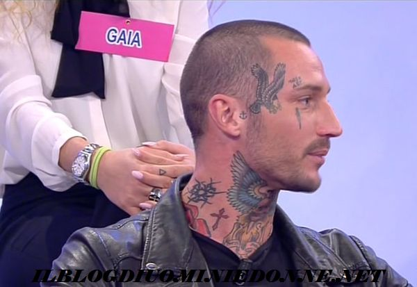 Manuel Vallicella su Instagram lancia un'anatema a Ludovica