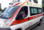 Camionista muore mentre sostituisce una gomma del suo Tir
