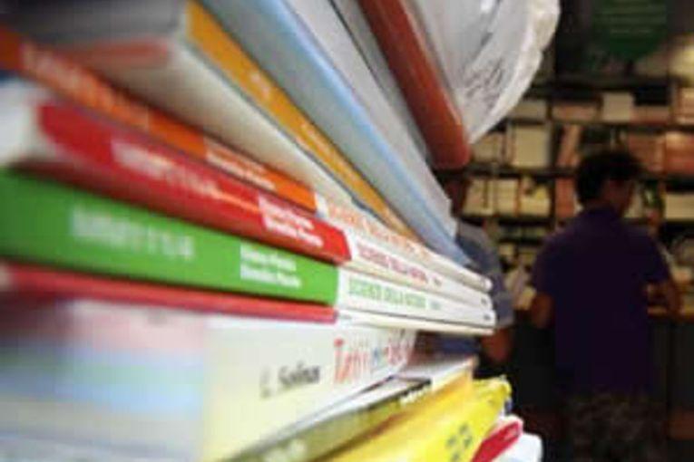 libri-di-testo-01