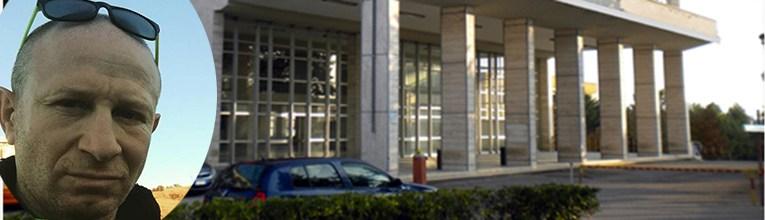 Urbano e tribunale