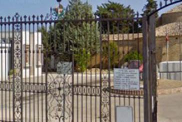 Vasto, un'area del cimitero chiusa da oltre un anno