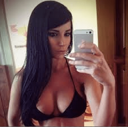 Sexy Selfie 1