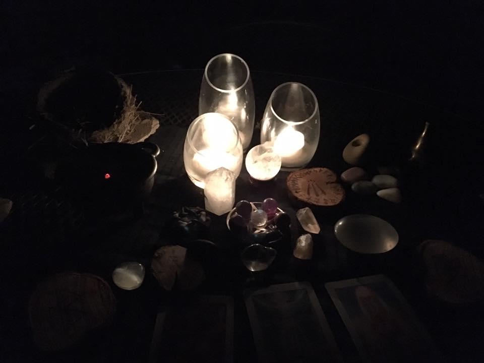 october-full-moon-altar
