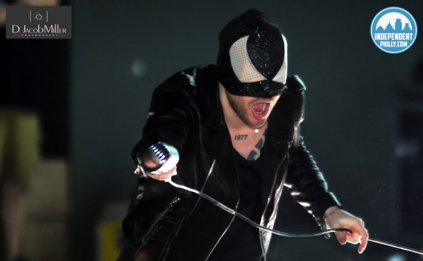 BLOODY BEETROOTS at Ultra 2013