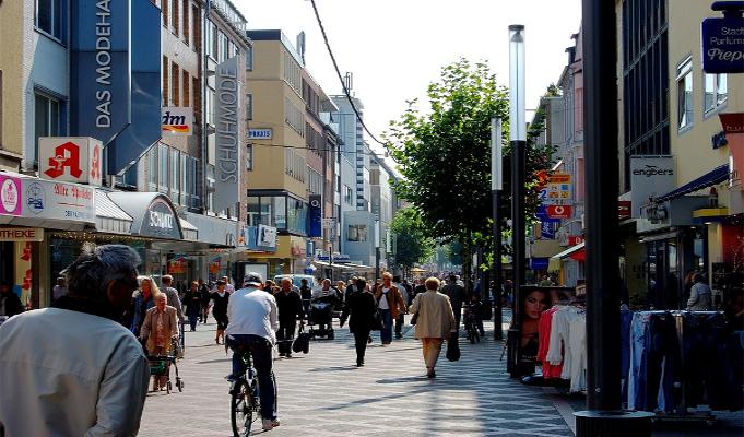 Model law soon for shops, restaurants, cinemas to open 24/7