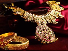 Jewellery e-tailers upbeat on festive season demand; cuts making charges, offers exquisite designs