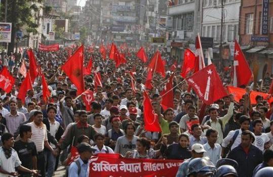 Nepal, ultimatum del presidente per la nomina del nuovo governo. Anche l'India attende una soluzione