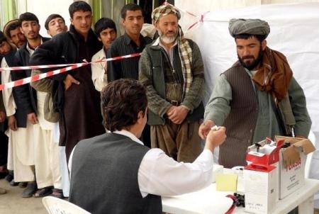 L'Afghanistan alle urne. Il commento di Simona Lanzoni, direttrice di Pangea Onlus