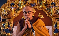 """Dalai Lama, la Cina avverte Obama: """"Un incontro minerebbe relazioni"""""""