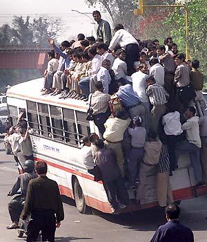 Benvenuti in India, l'inferno degli automobilisti. Prima al mondo per incidenti mortali