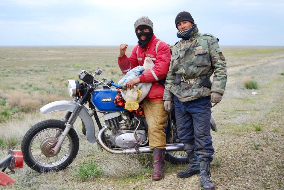 Pastori nella steppa Kazakstan