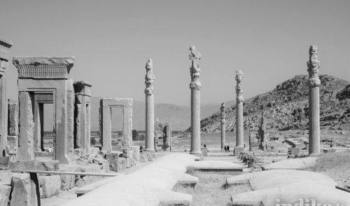 Persepoli in bianco e nero, scatti dall'Iran