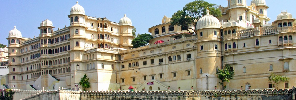 """Udaipur """"The City of Lakes"""""""