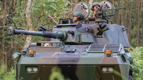Badak-armed-vehicle-makes-debut-at-show---Indo14-Day3