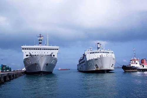 KRI Tanjung Nusanive 973 dan KRI Tanjung Kambani 971