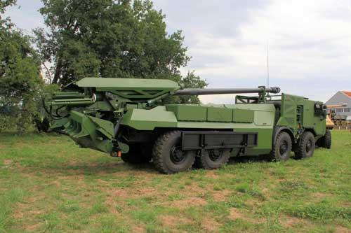 Caesar-8x8-Nexter-rear-EHB-Roanne-4-Sept-2015-IMG_5882-1024x683